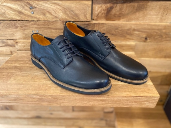 Freefoot Classic Black Leather Shoe: 11 (45) - £49.95 - the Old Byre  Showroom